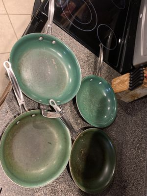 Free used metal pans for Sale in Tampa, FL