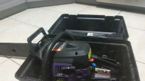 """40 cc 18"""" chainsaw for Sale in Kissimmee, FL"""