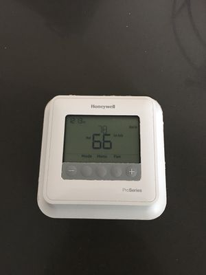 Honeywell Proseries Thermostat for Sale in Portland, OR