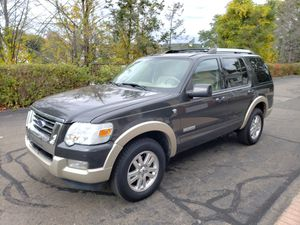 2007 Ford Explorer Eddie Bauer 4X4 Tow package Loaded 3 Row Seats!! for Sale in North Haven, CT