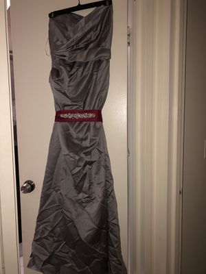 Gray satin dress with red satchel for Sale in The Bronx, NY