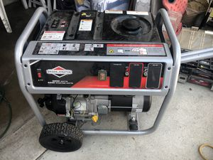 GENERATOR BRIGGS & STRATTON for Sale in Huntington Park, CA