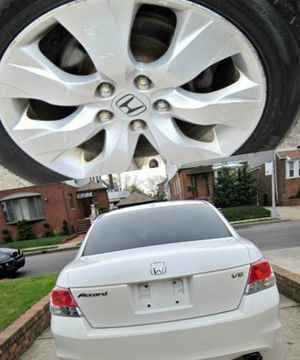 For Sale. 2010 Honda Accord XLE Great Shape. FWDWheels for Sale in Irving, TX
