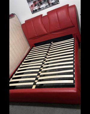 Bed frame for Sale in Hawthorne, CA