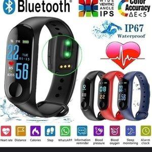 Smart Watch- Black for Sale in Glendale, AZ