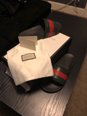 Sz 11 Men's Gucci Flops for Sale in Kent, OH