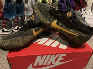 Nike Vapormax Flyknits Size 11 New for Sale in Lutz, FL