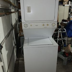 Frigidaire Washer And Drier In One With Hose And Electrical Wire for Sale in Winter Garden, FL
