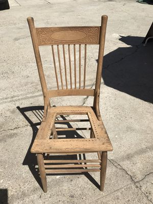 Vintage chair for Sale in Los Angeles, CA