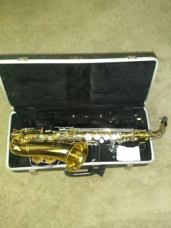 Bundy selmer alto saxophone