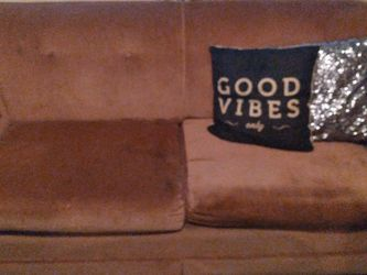 Adorable Pink Love Seat, 2 Seater Couch, Pull Out Bed, Sofa for Sale in Phoenix,  AZ