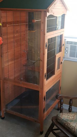 Bird cage..150.00..l paid 350 for Sale in Queens, NY