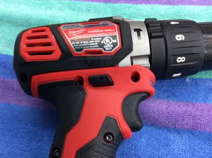 Hammer drill mlwaukee NOT BRUSHLESS 60 for Sale in Los Angeles, CA