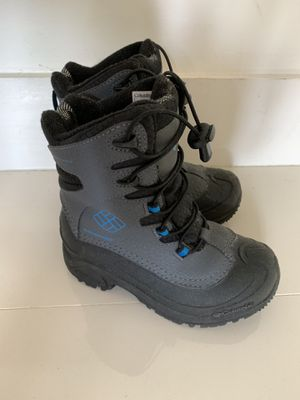 Columbia Kids Snow Boots Size 1 ski for Sale in Miami, FL