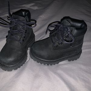 All Black Toddler Timberland Boot Size 5 for Sale in Sicklerville, NJ