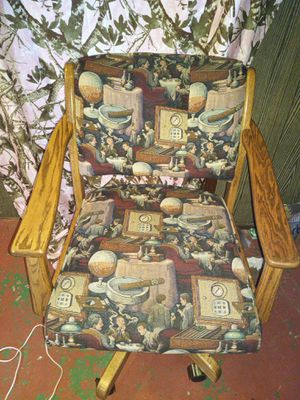 Swivel chair for Sale in Brainerd, MN