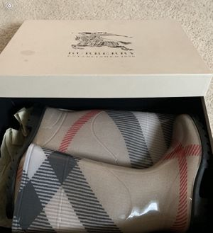 Authentic Burberry Rainboots size 37 for Sale in Modesto, CA