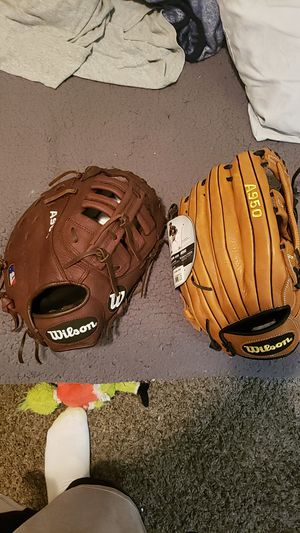 2 baseball gloves for Sale in Peoria, AZ