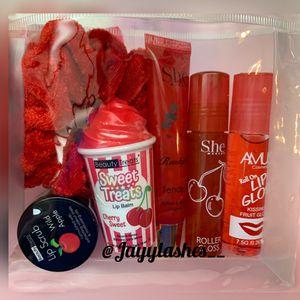 Red bundle for Sale in Bellflower, CA