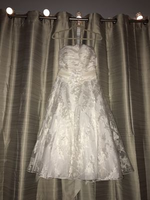 Galina Edition Wedding Dress And Matching Slip From David's Bridal NWT for Sale in Homewood, AL