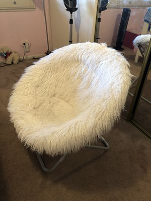 Pottery Barn Kids Chair for Sale in Loma Linda, CA