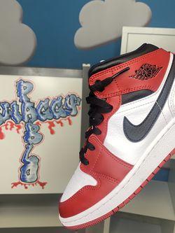 Jordan 1 Mid 'Chicago' GS for Sale in El Cajon,  CA