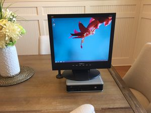Desktop computer with WiFi, LCD, and speakers for Sale in Happy Valley, OR
