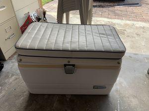 Igloo marine cooler for Sale in Miramar, FL