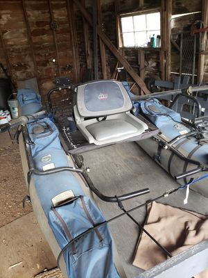 Rogue Pontoon Boat for Sale in Gig Harbor, WA