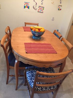 Dining table with 6 chairs for Sale in Oshkosh, WI