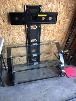Tv stand for Sale in Ellensburg, WA