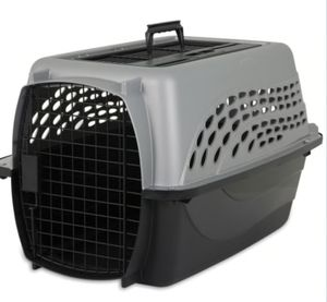 Pet mate dog or cat carrier for Sale in Los Angeles, CA