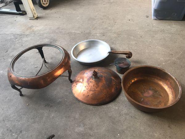 Copper large size handled serving bowl w lid & burner
