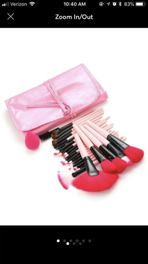 NWOT 24 piece Make up Brushes for Sale in Cranberry Township, PA