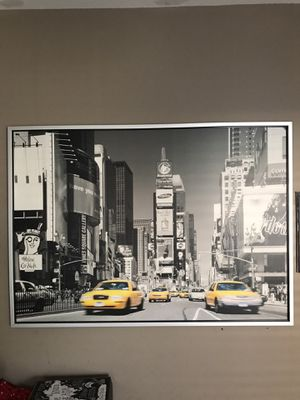 Black and White Times Square Poster. 55 x40. New condition. for Sale in Suwanee, GA