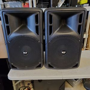 """2 RCF 315A 15"""" SPEAKERS USED BUT IN GOOD WORKING CONDITION 800 WATTS WITH POWER CORD MADE IN ITALY 🇮🇹 for Sale in Hialeah, FL"""