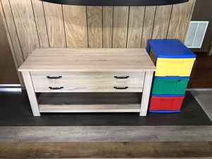 Tv stand/coffee table for Sale in Lynnwood, WA