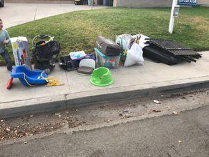 Free baby stuff for Sale in Riverside, CA