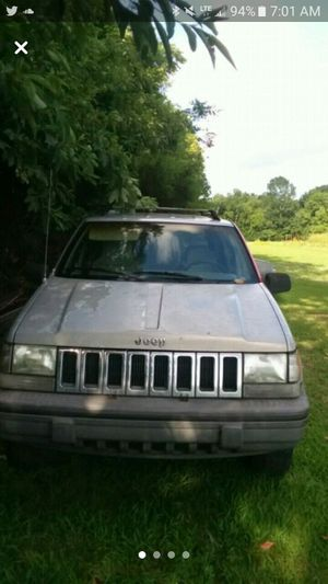 jeep grand cherokee laredo for Sale in Chapel Hill, TN
