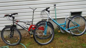 2 bikes both need some tlc for Sale in Marysville, WA