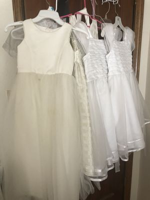 White kids dresses size 7 and 8. for Sale in San Jose, CA