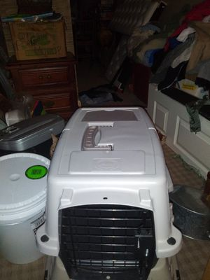 Pet champion small pet carrier for Sale in Louisville, IN