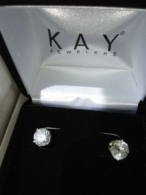 Certified 2 Carat Diamond Earrings 14kt Gold for Sale in Atlanta, GA