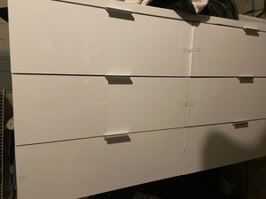 Dresser and 2 night stands for Sale in Ashburn, VA