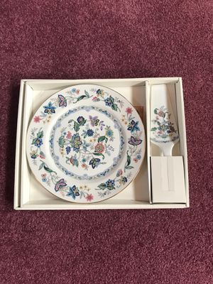 Plate set for Sale in Middletown, OH
