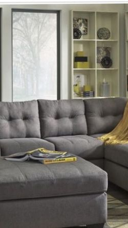Sectional for Sale in Cleveland,  OH