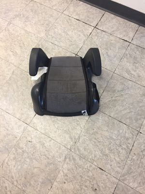 Booster car seat for Sale in Ballwin, MO