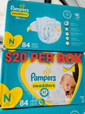 Pampers diapers size Newborn for Sale in Long Beach, CA