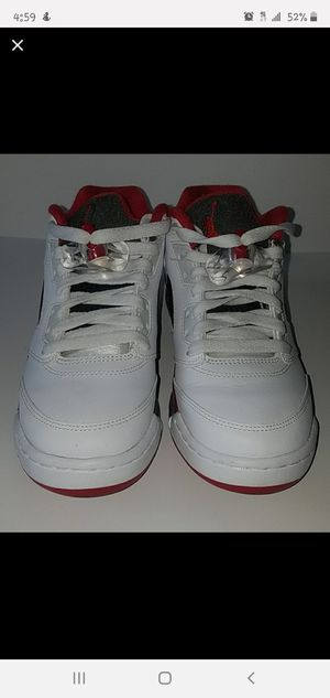 Air Jordan 5 Retro Low (fire red) for Sale in Sacramento, CA