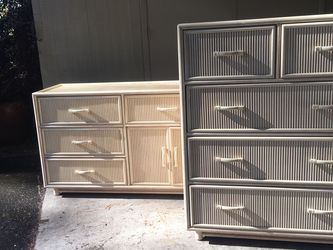 Vintage Deco Style Dresser for Sale in Gladstone,  OR